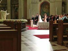 MARIAGE PRINCIER...  La petite fille de Paul Desmarais Sr. s'est marié à un Prince... En effet, Jacqueline-Ariadne Desmarais a convolé en justes noces le Prince Hadrien de Croÿ-Roeulx devant plus de 500 invités à la Cathédrale Marie-Reine du Monde de Montréal le samedi 7 septembre 2013. Vives les mariés!  VOIR ALBUM PHOTOS DE LA CÉRÉMONIE http://www.facebook.com/media/set/?set=a.10153214341450541.1073741856.579350540=1=f454cbc2a9