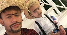 Neymar e Davi Lucca se transformam em caipiras para festa junina
