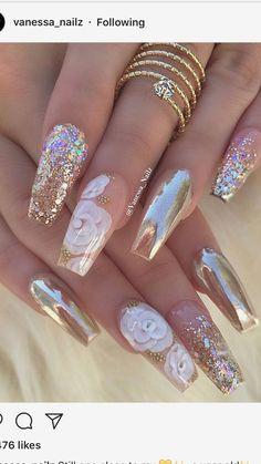 J nails, glam nails, bling nails, nails coffin nails, glitte Cute Acrylic Nails, Acrylic Nail Designs, Cute Nails, Pretty Nails, Gold Nail Designs, Acrylic Nails For Summer Glitter, Rhinestone Nail Designs, Cute Toenail Designs, Sparkle Acrylic Nails