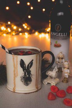 Forrócsoki, ahogy mi szeretjük – Advent a konyhában Food Photo, Beer, Mugs, Drinks, Tableware, Christmas, Root Beer, Drinking, Xmas