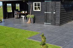 tuin met antraciet grijze betontegels 60x60 - Google zoeken