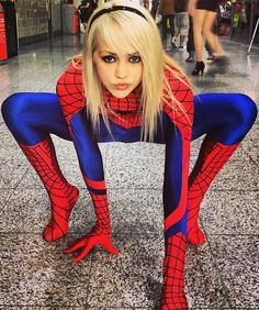 Cool female cosplayer practicing her #spiderman moves for the camera. #cosplay #comics