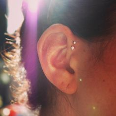 double forward helix | Tumblr Body Piercings, Piercing Tattoo, I Tattoo, Great Tattoos, Body Art Tattoos, Forward Helix, Hair Jewels, Peircings, Body Modifications