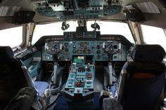 The controls of an Antonov An-124. Photo: www.AirlineReporter.com