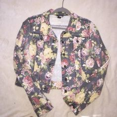 Floral denim jacket Great condition Rue 21 Jackets & Coats