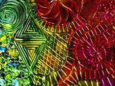 Cedar canyon rubbing plates -metal_zentangle     http://cedarcanyontextiles.com/category/rubbing-plates/#