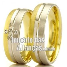 Alianças em ouro 18k Largura 5.5mm Pedras 5 diamantes de 1 ponto Acabamento Fosco e Liso Formato Anatômico Peso 10 gramas o par