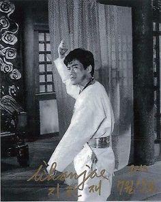 http://thumbs1.picclick.com/d/l400/pict/301574310612_/Ji-Han-Jae-Bruce-Lee-Game-of.jpg