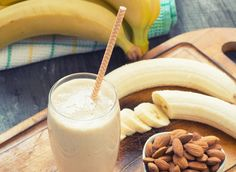Best Protein Shake Recipes For Weight Loss - Nutrition Saveurs Best Protein Shakes, Protein Shake Recipes, Smoothie Recipes, Smoothie Ingredients, Healthy Smoothies, Healthy Drinks, Breakfast Smoothies, Eat Healthy, Food Porn