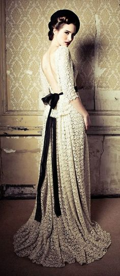 White Lace Long Winter Gown with Black Sash @ Lena Hoschek Katalog Autumn - Winter Couture Mode, Style Couture, Couture Fashion, Beautiful Gowns, Beautiful Outfits, Feminine Mode, Vintage Mode, Mode Inspiration, White Lace