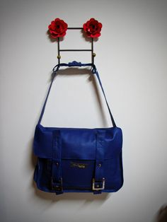 Maleta Azul - Grande - EDIÇÃO LIMITADA R$150.00  #blue #leather #purse #fashion