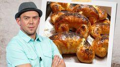 Pečeme s Láďou Hruškou: RECEPT na super loupáky za tři koruny Bagel, Sushi, Nova, Food And Drink, Bread, Flat Bread, Breads, Baking, Buns