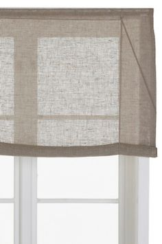 Roll up-gardin Gustav i lin Roll Up Curtains, Us White House, Stained Glass Windows, Window Treatments, Beach House, Simple, Home Decor, Walls, Cottage