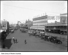 Wellington Street in big city Perth, c. Man About Town, First Girl, Perth, Street View, Australia, Magic, War, City, Cities