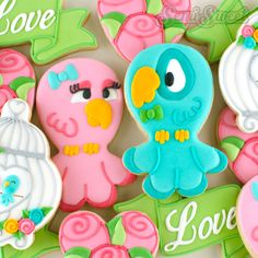 How to make these love bird cookies! Full tutorial by Semi Sweet Designs | @semisweetmike