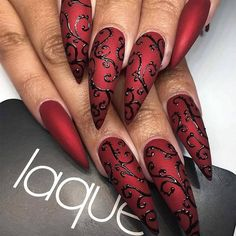 Stunning Designs for Stiletto Nails for a Daring New Look ★ See more: http://glaminati.com/stiletto-nails-designs/