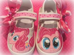 Custom request for Pinkie Pie Cupcake shoes birthday outfit! Can be made in size in this style and I can do whatever ponies you like! Double bows are sewn on and bling added Painted Canvas Shoes, Painted Sneakers, Hand Painted Shoes, Pinkie Pie, My Little Pony Shoes, Shoe Cupcakes, Next Shoes, Decorated Shoes, Bling