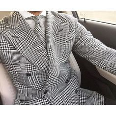 Not Your Average Gentleman Sharp Dressed Man, Well Dressed Men, Style Costume Homme, Black And White Suit, Dandy, Mode Costume, Suit Shirts, Bespoke Suit, Mens Fashion Suits