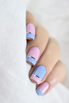Summer nail art 985231147876621 - Marine Loves Polish: Magic Touch, quand le vernis devient gel… [Pantone 2016 – Color Block nail art] Source by marinelp Line Nail Designs, Latest Nail Designs, Short Nail Designs, Pink Nails, Gel Nails, Manicure, Nail Polish, Navy Nails, Purple Nail Art