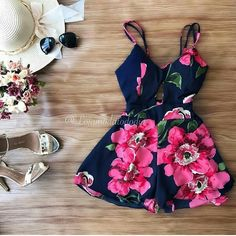 Source by NevaKT adolescente gorditas Cute Summer Outfits, Summer Wear, Summer Dresses, Chic Outfits, Dress Outfits, Fashion Dresses, Future Clothes, Girl Fashion, Womens Fashion