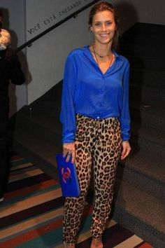 30 Leopard Pants Matching Ideas with All Clothes in Your Wardrobe Outfit, # Cheetah Print Outfits, Leopard Outfits, Leopard Print Pants, Leopard Pants Outfit, Royal Blue Pants, Royal Blue Outfits, Royal Blue Blouse, Chic Outfits, Fashion Outfits