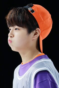 Lee Dong Wook, Produce 101, Ulzzang Boy, Baekhyun, Jimin, Idol, Celebrities, Boys, Runway