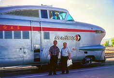 Aerotrain Old Train Station, Old Trains, Vintage Trains, Las Vegas City, Train Times, Railroad Photography, Train Art, Train Engines, Old Street
