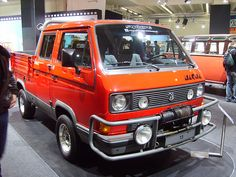 Syncro Doka, although not a true mini they share the same features, just larger.- my next truck Volkswagen Bus, T3 Vw, Mini Trucks, Cool Trucks, Cool Cars, Transporter T3, Volkswagen Transporter, T3 Camper, Vw Vanagon