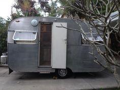 Australian Vintage Caravan Roadhaven