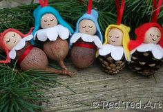 Sweet pine-cone and gum nut babies to brighten your Christmas tree or windows!