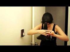 Hola! En este videito comparto con ustedes como cortarnos el pelo de forma sencilla y ràpida  ;)  Facebook: https://www.facebook.com/sandracires.art Blog: http://blog.sandracires.com Twitter: https://twitter.com/#!/SandraCiresArt