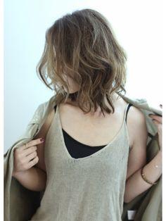 【 Still Life 】Emi☆3D gradation another/Still Life 【スティル ライフ】をご紹介。2015年秋冬の最新ヘアスタイルを20万点以上掲載!ミディアム、ショート、ボブなど豊富な条件でヘアスタイル・髪型・アレンジをチェック。