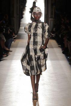 Vivienne Westwood, P-E 15 - L'officiel de la mode