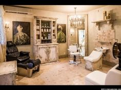 Gorgeous in home salon