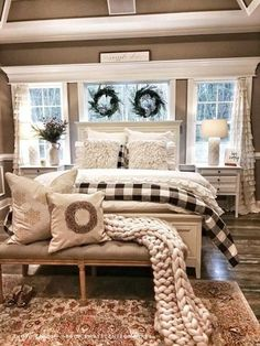 Farmhouse Small Bedroom Ideas - Comfortable, lovely, and full of charisma, farmhouse bedroom design is more famous than ever. Farmhouse Master Bedroom, Cozy Bedroom, Dream Bedroom, Home Decor Bedroom, Cozy Master Bedroom Ideas, Modern Bedroom, Farmhouse Bedroom Furniture, Farm Bedroom, Bedding Master Bedroom