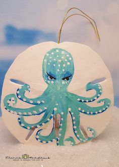 Seashell Painting, Seashell Art, Seashell Crafts, Beach Crafts, Beach Christmas Ornaments, Coastal Christmas, Christmas Art, Painted Sand Dollars, Sand Dollar Art