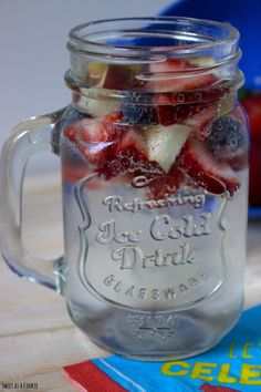 Firecracker Punch by sweetasacookie.com | There's nothing more refreshing on a hot day.