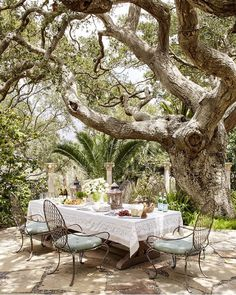 22 Stunning Outdoor Rooms That Will Make You Want To Live Al.- 22 Stunning Outdoor Rooms That Will Make You Want To Live Al Fresco 10 Sophisticated Outdoor Rooms – Pretty Gazebos, Gardens, and Outdoor Spaces - Outdoor Areas, Outdoor Rooms, Outdoor Dining, Outdoor Decor, Dining Area, Outdoor Living Spaces, Dining Sets, Outdoor Seating, Backyard Patio
