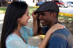 CINE | En su edición del 17 de octubre de 2013, Contrapunto dedicó la discusión al cine en Puerto Rico. Como parte de la investigación el equipo del programa conversó con los realizadores de la película Por amor en el caserío. #poramorenelcaserio #podcast #entrevista #cinepuertorriqueno #cine #peliculas #contrapunto #radiouniversidad