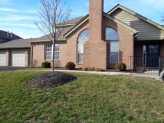 962 Village Brook Way, Columbus, OH 43235. 3 bed, 2 bath, $197,500. Make this your own.....