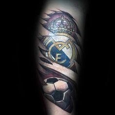 tinten tattoo manner madrid ideen designs Real Madrid, Bong, Strong Tattoos, Great Tattoos, Get A Tattoo, Tattoo Designs Men, Sleeve Tattoos, Soccer, Mens Fashion