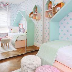 Habitación infantil con topos #mint https://dolcevinilo.es/vinilo-topos #habitacion #habitaciones #infantil #infantiles #bebe #ideas #decoracion #pared #vinilo #vinilos #decorativos #vinilosdecorativos #habitacioninfantil #habitacionesinfantiles #habitacionbebe #habitacionesbebe #vinilosdecorativos #vinilosinfantiles #decoracioninfantil #decoracionbebe #niña #niñas  #rosa #topos #lunares