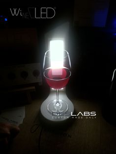 #WineOLED: the #OLED #lamp for #RedWine color discover