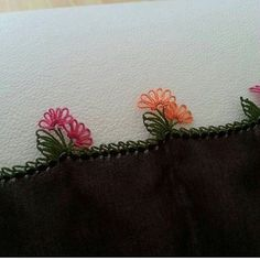 This Pin was discovered by min Hobby World, Baby Bike, Baby Supplies, Hand Embroidery, Tatting, Origami, Diy And Crafts, Projects To Try, Crochet