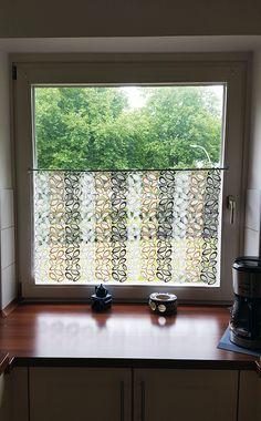 Die Klassische Scheibengardine Im Modernen Design Ist Eine Dezente  Möglichkeit Der Fenstergestaltung.