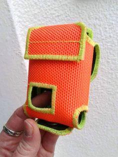 Meldertasche    Feuerwehrschlauch      Meldertasche ist gemacht aus einem gebrauchten Feuerwehrschlauch. Für Swissphone Quattro     Eine super Gesc...