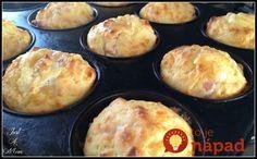Výborná náhrada chlebíka: Mäkučké syrové muffiny s cesnakom a bylinkami, hotové do pol hodinky!
