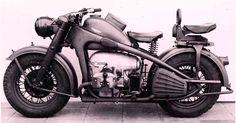 Zündapp fue un famoso fabricante de motocicletas alemán. La casa fue fundada en 1917 en Núremberg, Alemania.