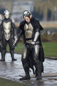 Marvel's Thor: The Dark World giving us our first look at the Dark Elves!