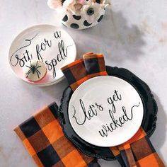 Halloween Party Supplies - Halloween Table Decorations | Grandin Road #halloweenpartysupplies